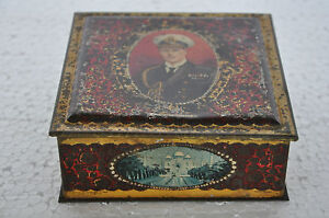 Vintage-BW-amp-M-Ltd-Army-Officer-amp-Different-Places-Print-Litho-Tin-Box-England