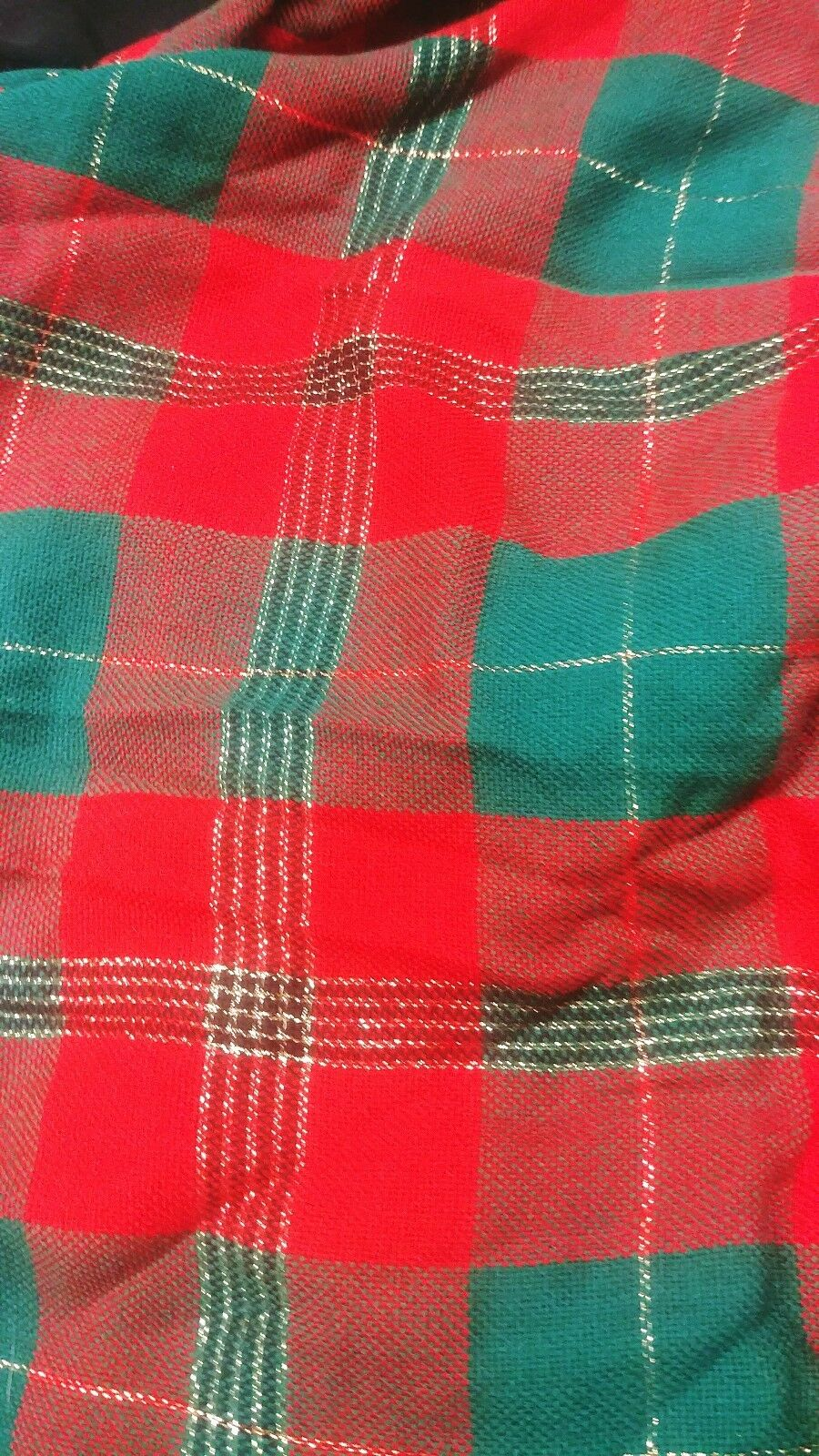 Christmas Holiday round Tablecloth set 70 (177cm) Green Red Plaid w gold Thread