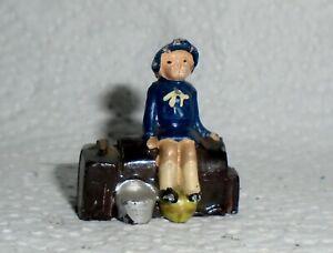 Johillco-John-Hill-amp-Co-Vintage-Lead-034-Girl-on-Suitcases-034-Near-Mint-F-S