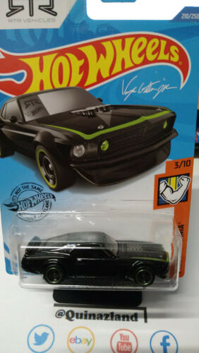 NP26 Hot Wheels /'69 Ford Mustang Boss 302   2020-210