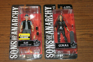 """Mezco Sons of Anarchy Bloody Gemma /& Opie  Winston 6"""" Action Figures EE New"""