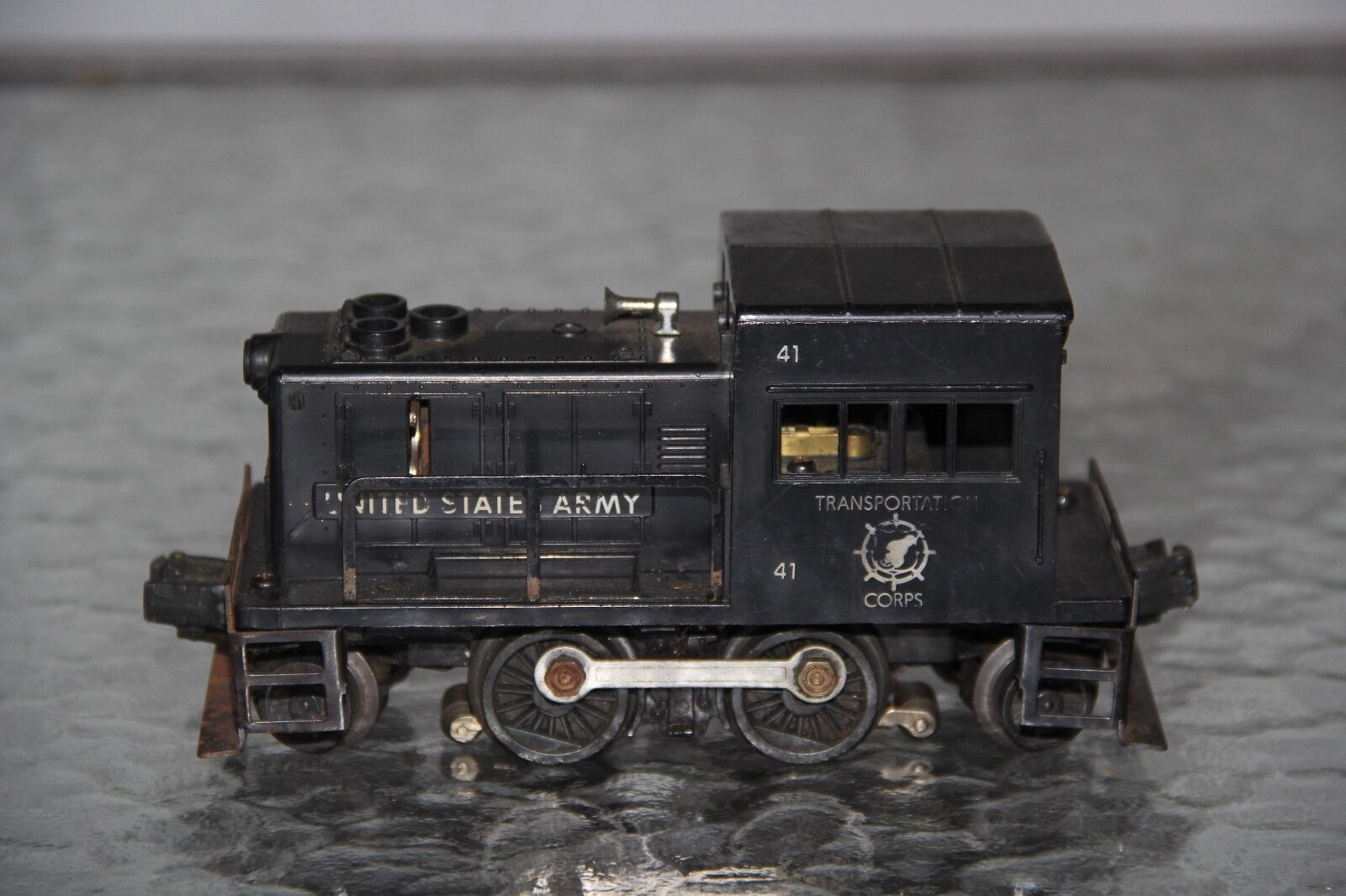 LIONEL NO. 41 US ARMY TRANSPORTATION CORP SWITCHER 3
