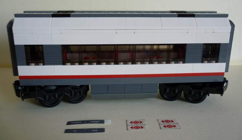LEGO LEGO LEGO Train - Lotto 2 Vagoni Passeggeri Custom MOC NUOVI GIA' MONTATI 60051 b16f6a
