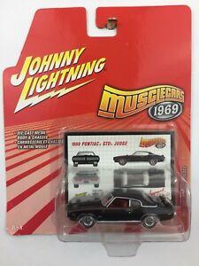 Johnny-Lightning-Muscle-Cars-1969-69-Pontiac-GTO-Judge-Black-Die-cast-1-64-Scale