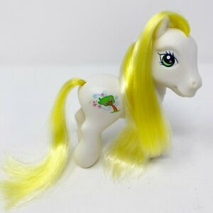 Vintage My Little Pony G3 Breezie 2005 Scootin Along Hasbro MLP