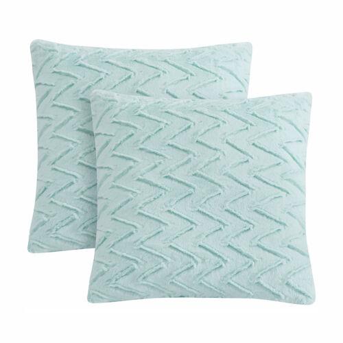 """LIFEREVO 2 Pack Chevron Throw Pillow Case Faux Fur Soft Cushion Cover 18/""""X18/"""""""