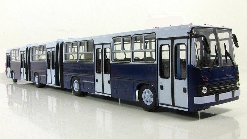 Soviet Hungarian very long autobus Ikarus 293 1988 Soviet bus 1:43