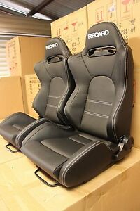 2-x-Recaro-seat-SR5-in-hard-wearing-Charcoal-Black-PVC-Large
