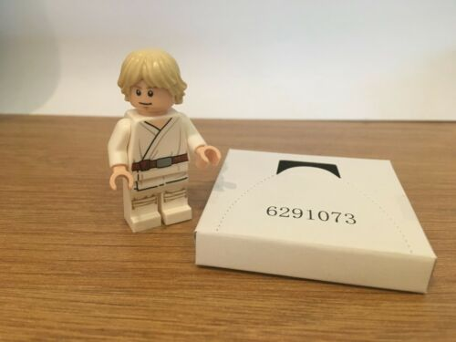 LEGO Star Wars  75271 LUKE SKYWALKER FIGURE.BRAND NEW