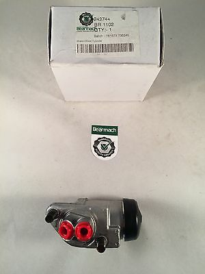 """2a /& 3 RH//LH Front Wheel Cylinder with 11/"""" drum Bearmach Land Rover Series 2"""