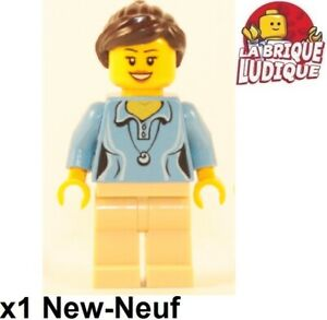 ☀️NEW Lego Torso Female MINIFIG GIRL Medium Blue Shirt w//Collar /& White Necklace
