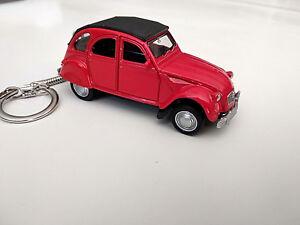 Porte-cle-2cv-Citroen-rouge-neuf-en-metal-idee-cadeau