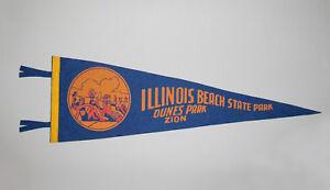 Great-Old-Vtg-1950s-Illinois-Beach-State-Park-Dunes-Park-Zion-Soft-Felt-Pennant