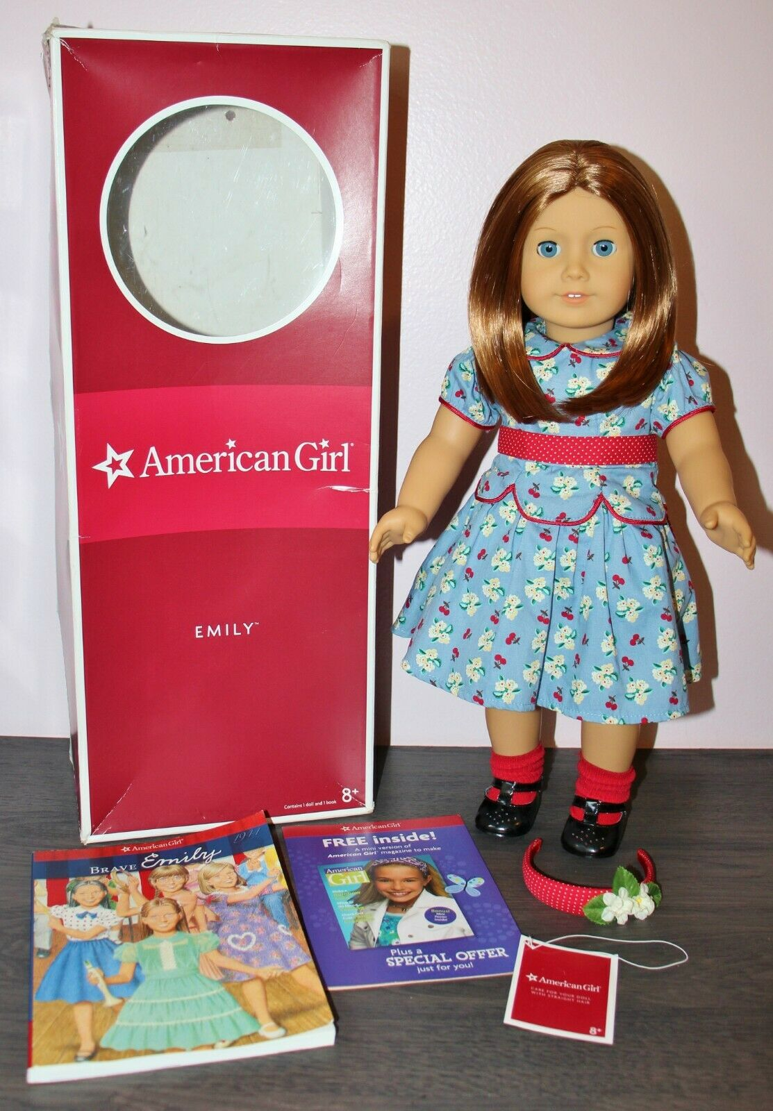 American Girl EMILY DOLL with BOOK & FULL MEET OUTFIT