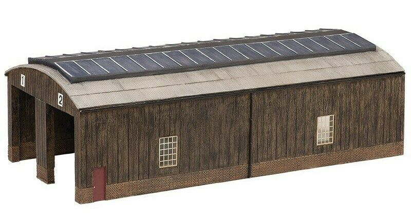 Bachmann 44-0035 - Scencraft 2 Road Wooden Carriage Shed 00 Gauge - T48 Postage