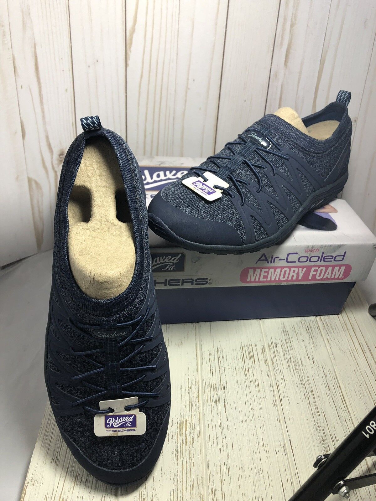 Skechers Relaxed Fit With Air Cooled Memory Foam Navy Day Day Day Blaze Größe 9 New f2fa05