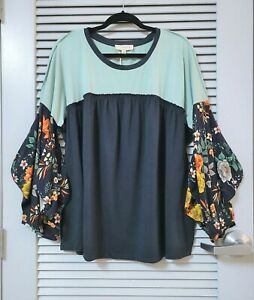 navy-floral-puff-slev-heathered-top-2XL