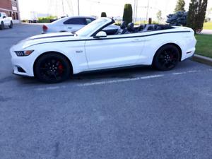 Mustang gt  convertible 2015 50 ème anniversaire