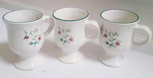 3 Pfaltzgraff Winterberry Christmas Winter Pedestal Footed Mug Holly Berries Set