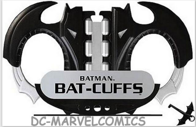 DC DIRECT JUSTICE JLA TROPHY ROOM BATMAN BAT-CUFFS PROP REPLICA Statue Joker