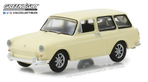 1-64-GreenLight-CLUB-V-DUB-R7-YELLOW-1966-VW-Type-3-Squareback-NIP