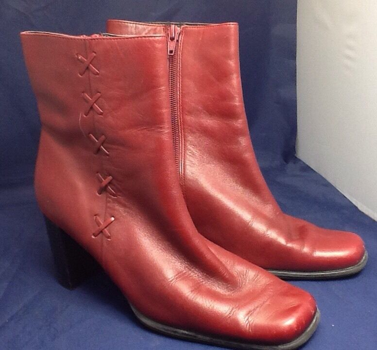 Women's Red Leather Worthington Ankle Boot Zip Up Chunky Heel Size 7m