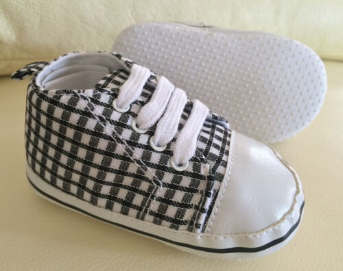 NEW Baby Boys Black Plaid Sneakers Shoes with toe guard 6-18 months size 4//5