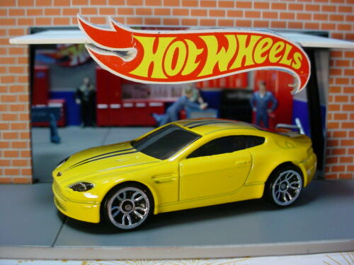 2020 HW EXOTICS Design ASTON MARTIN V8 VANTAGE☆canary YELLOW;j5☆LOOSE Hot Wheels