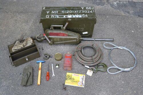 Bundeswehr BW Greifzug 1,5 t 15 kN original ! 20 m Seil mit Zubehör in Kiste