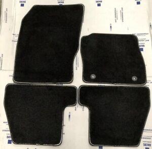 Genuine-Ford-Focus-2015-2018-1913997-Negro-alfombra-alfombra-Conjunto-de-4-1729882