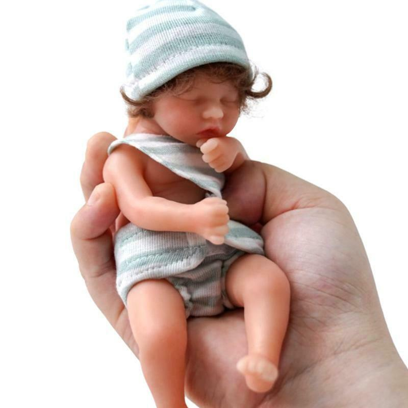 6in Vibrant Lifelike Figure Doll for Nursery Room Role Play Dolls & Accessories