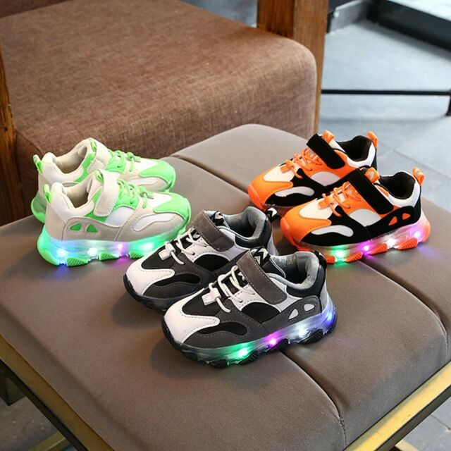 New Kids Boys Girls Trainer Up Luminous Shoes Light LED Sport Sneakers Boots