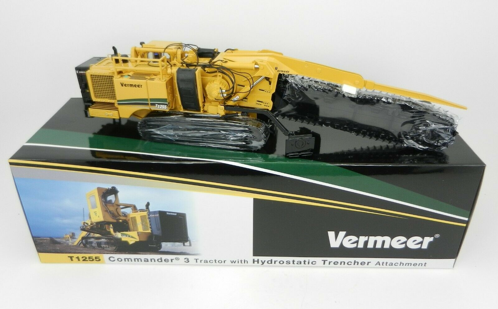 1 50 TWH VERMEER Model T1255 Commander 3 Tractor w Hydrostatic Trencher NIB