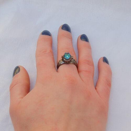GOTHIC design POISON RING with secret compartment. Aquamarine gemstone.