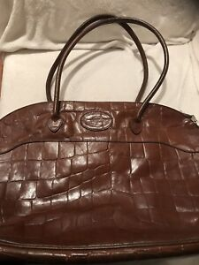 Extra Large Tetbury Shape Shoulder Bag