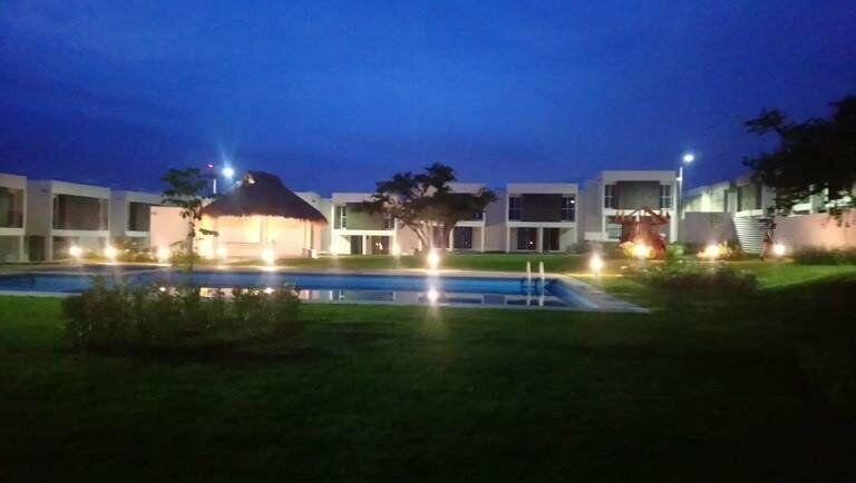 Casa con Alberca y Palapa en Cuautla