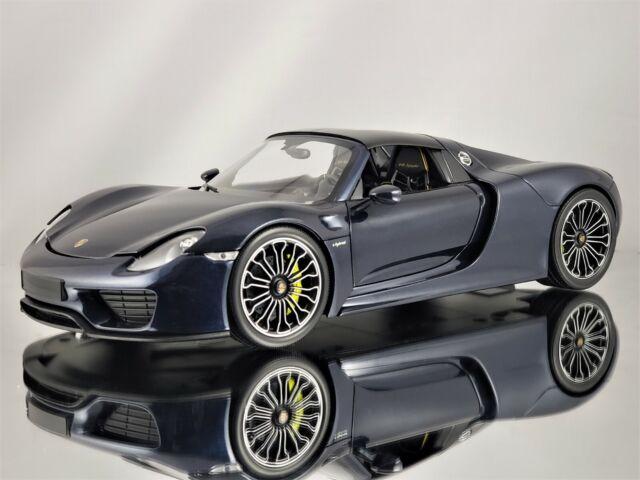 Minichamps Porsche 918 Spyder 2015 With Removable Roof Dark Metallic Blue 1 18