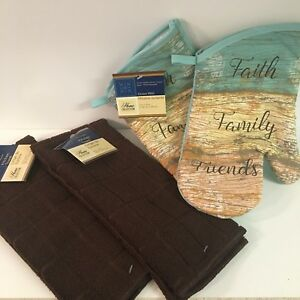 Set-of-4-HOME-COLLECTION-Oven-Mitts-and-Brown-Towels-NEW-with-Tags