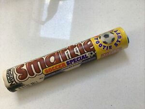 """VINTAGE UNOPENED 1999 SMARTIES """"SOCCER SPECIAL"""" IN TUBE - NESTLÉ - NEW & SEALED"""