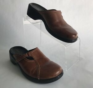6444a6b6b7973 Details about Clark's Women's Brown Leather Slip On Clogs Mules Heels Shoes  Size 8 M
