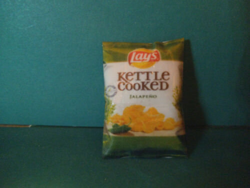 Barbie Doll 1:6 Kitchen Food Miniature Bag of Chips Popcorn Snacks