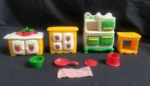 Vintage Strawberry Shortcake Kitchen Deluxe Complete Berry Happy Home Furniture Ebay