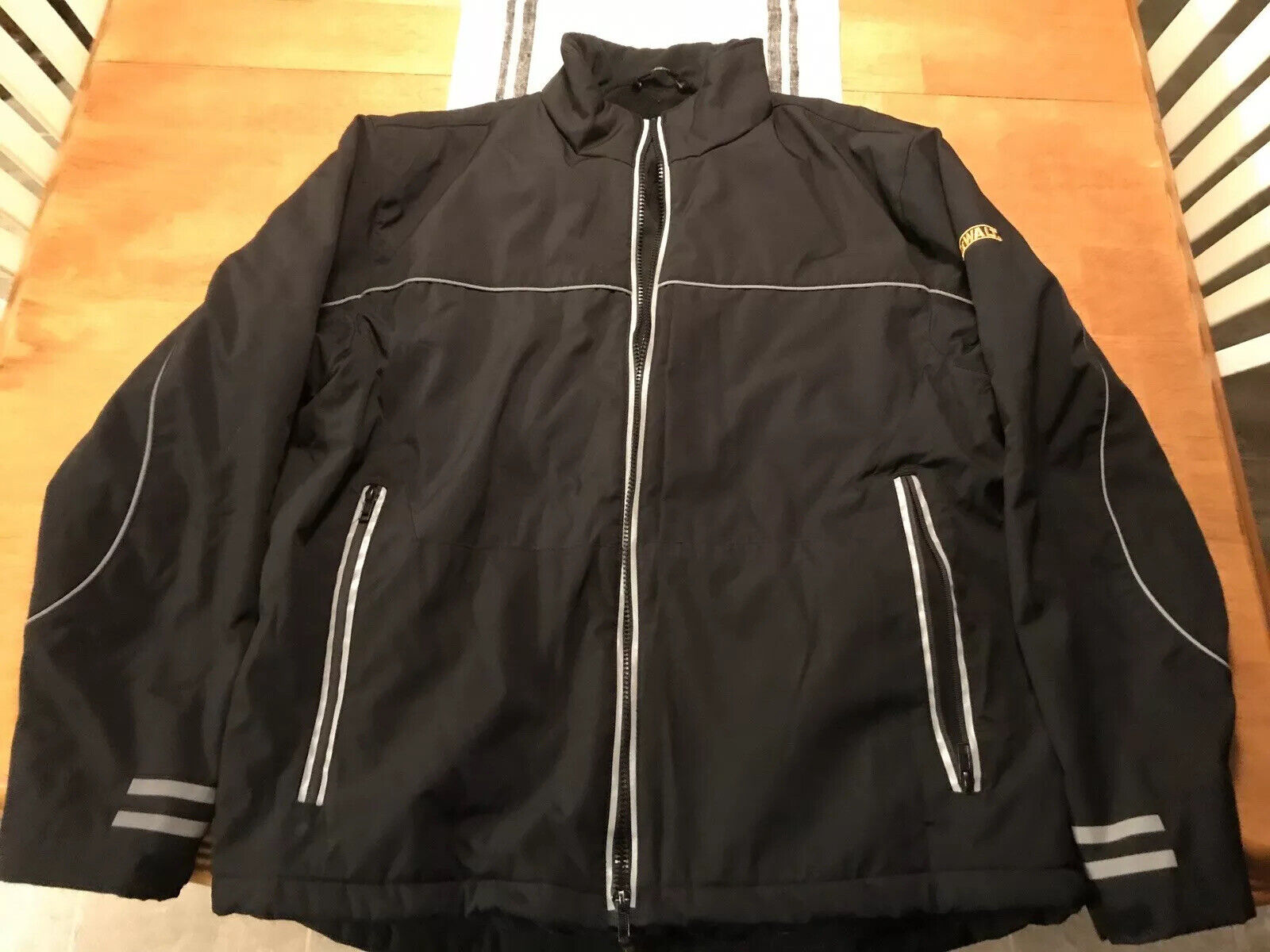 DEWALT DCHJ064C1-L 20V//12V MAX* Lithium Ion Khaki Hooded Heated Jacket Kit Size