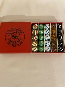 25-AKRO-AGATE-SHOOT-STRAIGHT-AS-A-KRO-FLIES-1-034-shooter-marbles-set-in-box