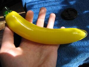 Sweden-Kosta-Boda-Gunnel-Sahlin-figurine-sculpture-glass-banana-fruit