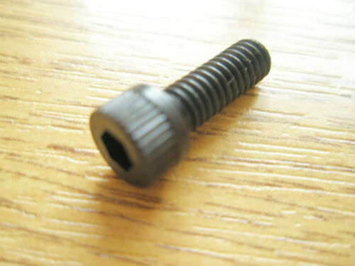 """8-32 UNC x 1//2/"""" ALLEN CAPHEAD BLACK STEEL SCREW Qty 12"""