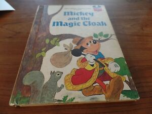1975-Walt-Disney-Productions-Mickey-and-the-Magic-Cloak-Book-2861