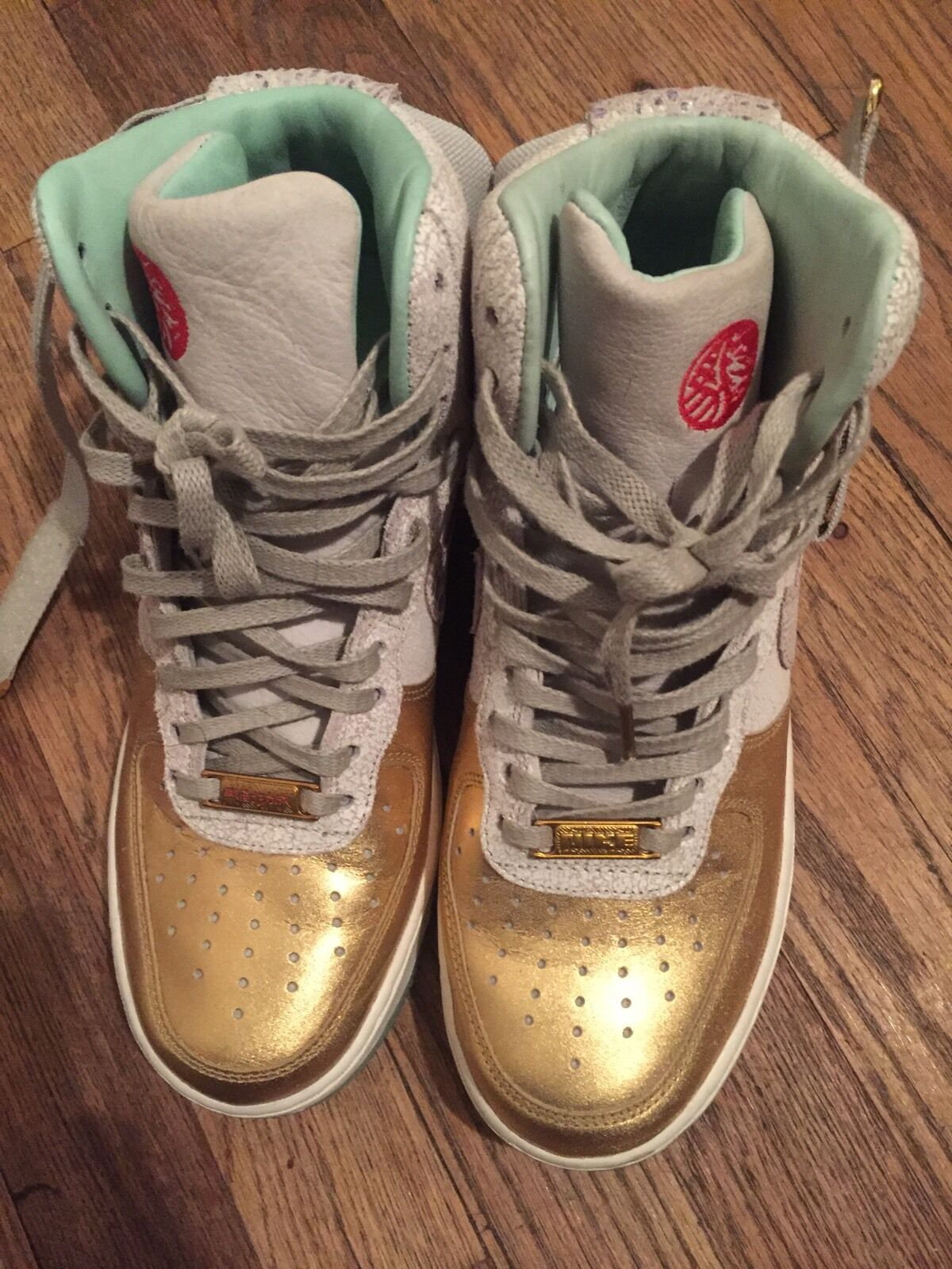 Nike YOTH High Air Force One Gold Size 7.5
