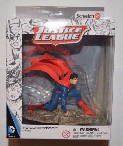 10 Superman kniend 22505 Schleich DC Comics Justice League Sammelfiguren