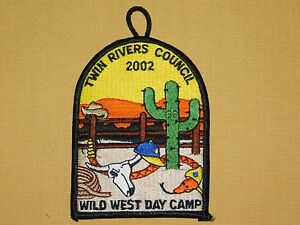 VINTAGE-BSA-BOY-SCOUTS-2002-TWIN-RIVERS-COUNCIL-WILD-WEST-DAY-CAMP-PATCH-UNUSED